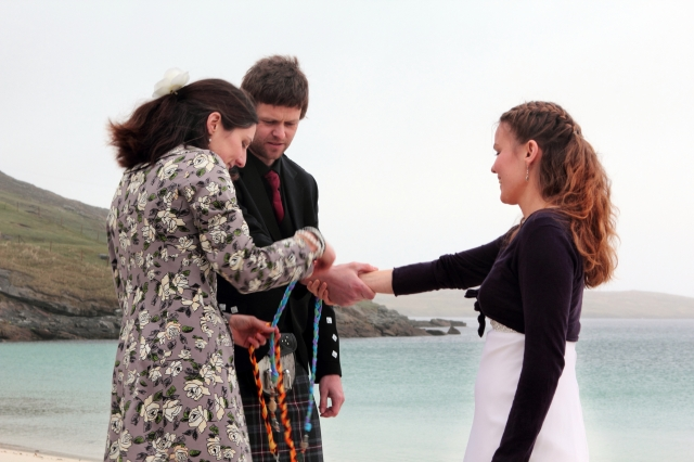 Scottish Handfasting Ceremony on a remote Hebridean beach conducted by Onie Tibbitt, Agnostic Scotland Wedding Celebrant.