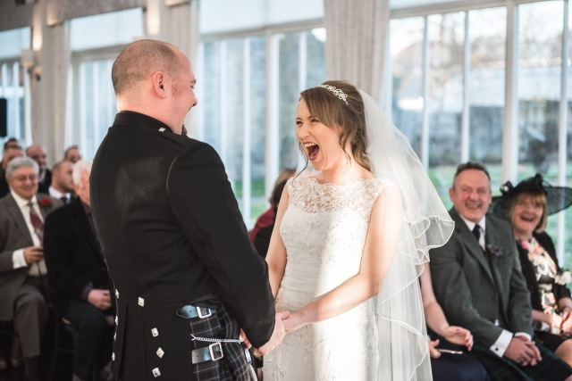 Traditional Wedding Ceremony in Scotland conducted by Wedding Celebrant, Onie Tibbitt.